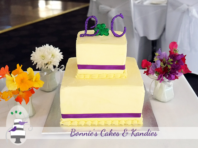 Two tier square white chocolate buttercream wedding cake for a beautiful Rainbow Beach wedding | Bonnie's Cakes & Kandies