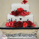 Elegant red rose square wedding cake Mount Isa Bonnies Cakes & Kandies Gympie Cake Decorator2