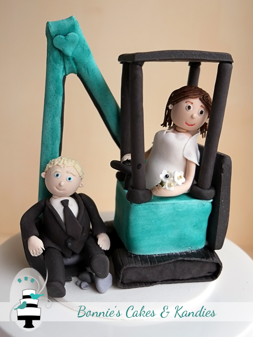 Gympie Brisbane Wedding Cake Toppers