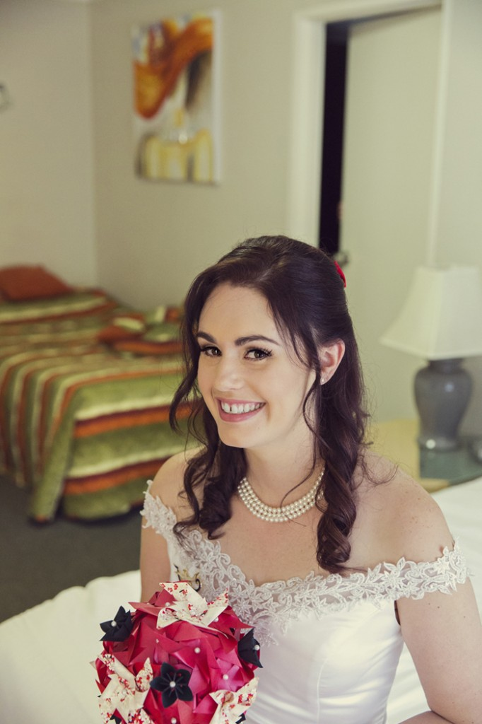 Sarah looked absolutely beautiful on her wedding day. Photo credit: Michelle Schulga Photographer.
