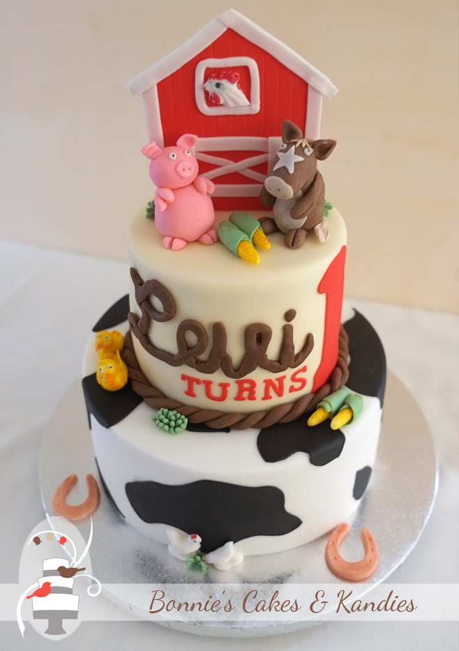 Levi's farm animal themed first birthday cake | Bonnie's Cakes & Kandies