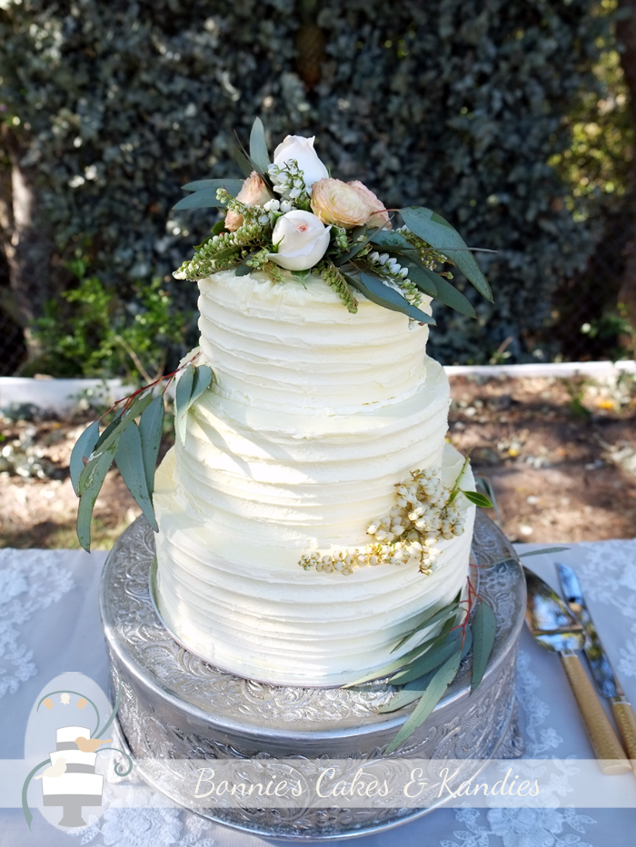 Hervey Bay Wedding Cakes