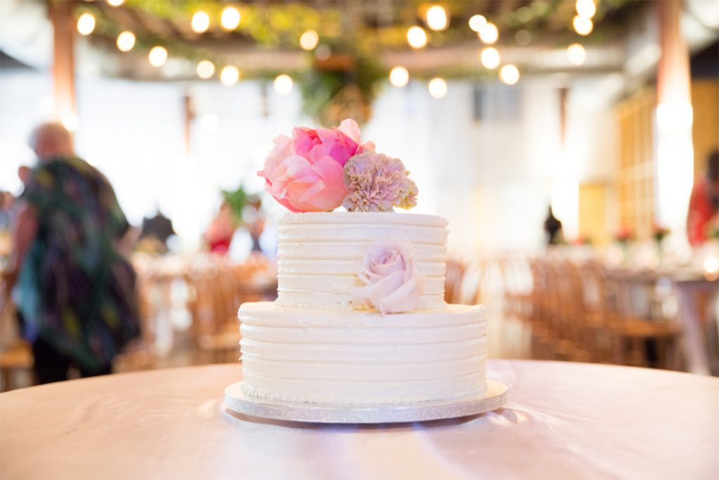 Gluten and lactose free wedding cakes