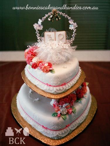 March 1990, Mount Isa wedding cake     Bonnie's Cakes & Kandies