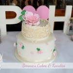 Ruffles and Roses at the Rainbow Beach Hotel {Rainbow Beach Wedding Cakes}