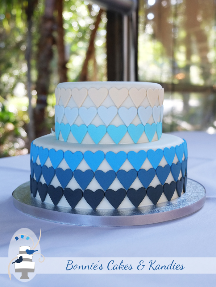 Rainbow Beach wedding cakes