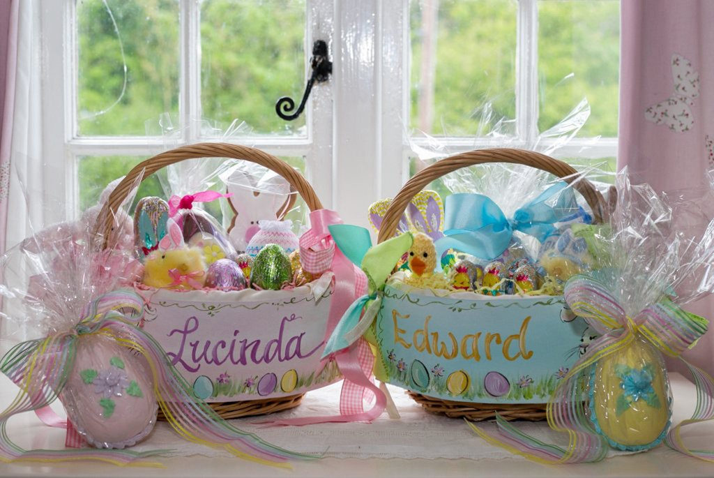 Handmade candy Easter eggs by Bonnie's Cakes & Kandies  |  Image supplied by Lauren