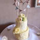 Flaxton Gardens Wedding Cake