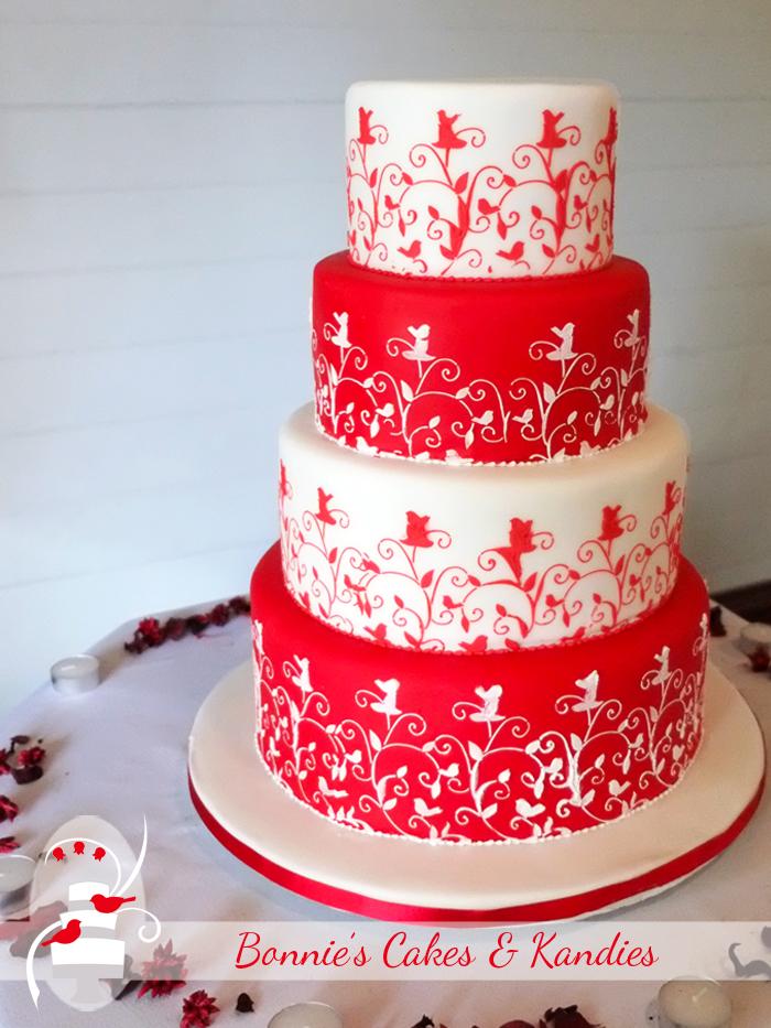 Gympie wedding cake