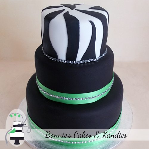Zebra print animal cake