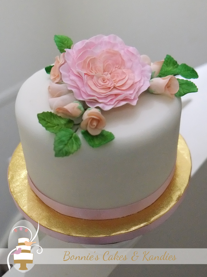 David Austin icing roses