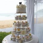 Rain and clouds no match for a love that shines {Noosa wedding cake}